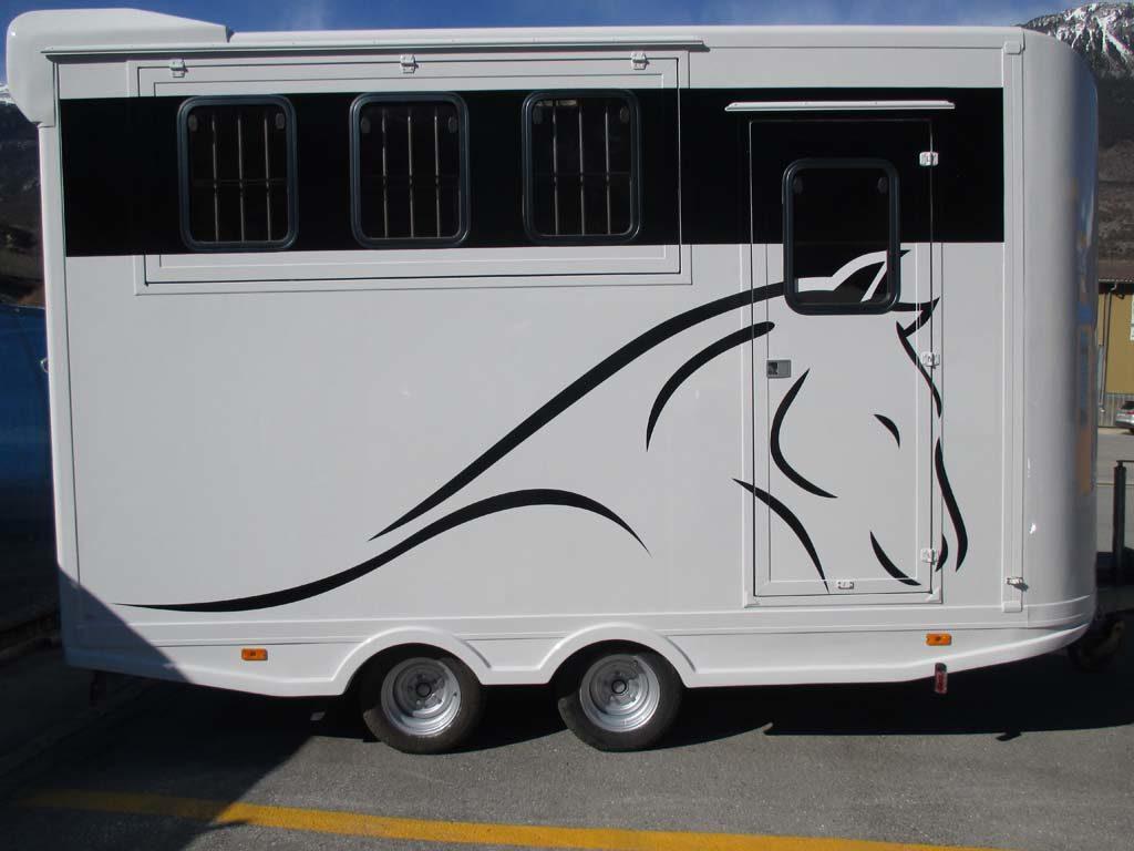 Anhanger-Pferd-1